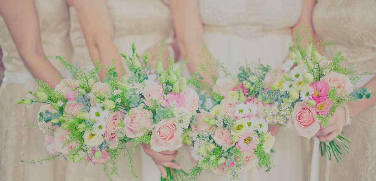 A Summer Medley at the Millhouse – Kate & Trevor's Wedding