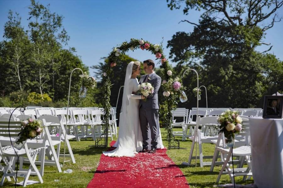 micro weddings ireland best venues Ballinacurra House, Kinsale